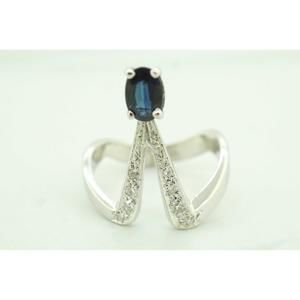 Womens 14K White Gold Deco Ring with Diamonds